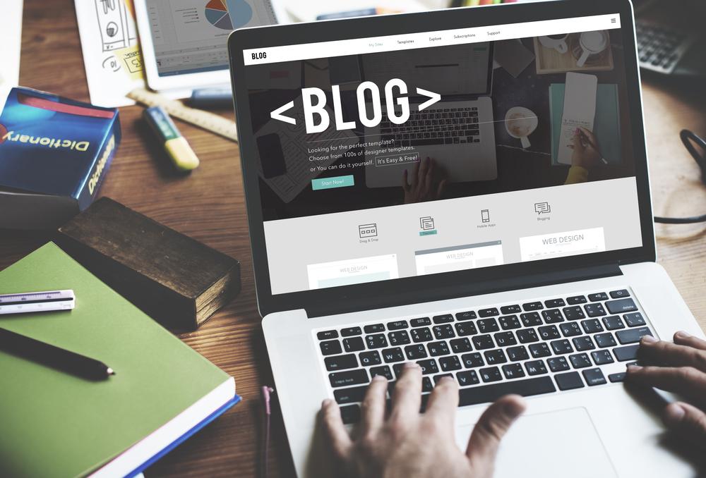 kostenlos website erstellen mit eigener domain
